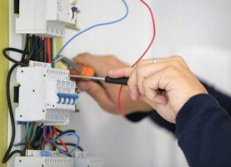 Вызов электрика на час для подключения стиральной машины