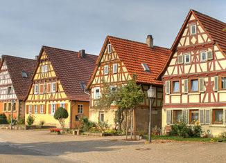 Дачные дома из клееного бруса