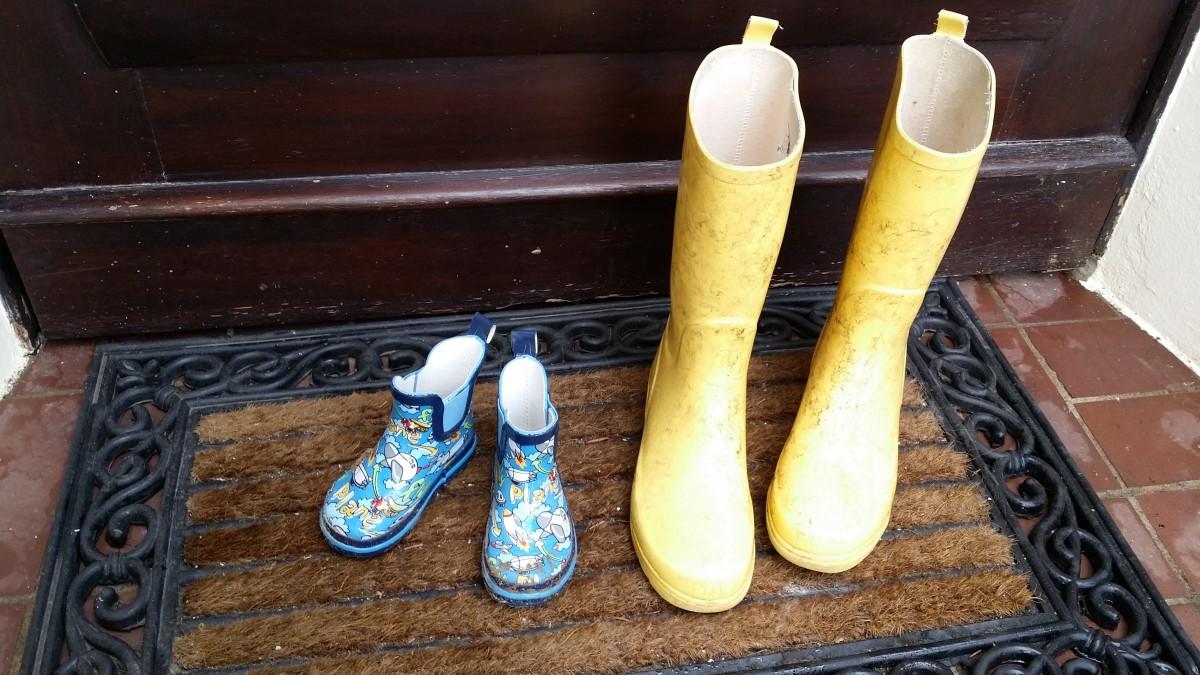 Практичность приобретения обуви из ПВХ и ЭВА